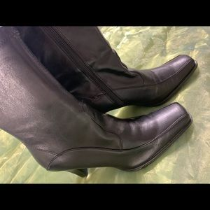 Worthington Black ladies boots